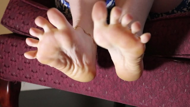 Footjobs with unpainted toes Teaser sexy unpainted toes, anklets, soles - harperthefox