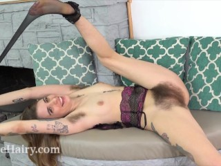 Pearl Sage enjoys having naughty orgasms today