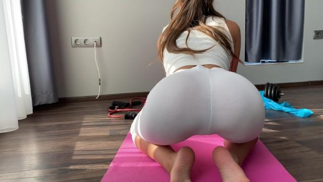 Yoga girl fucked hard Good looking yoga girl deserves a loud slapping