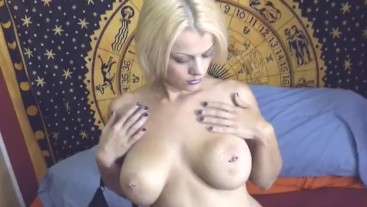 Teaser Nadia White spreads her legs and takes a hard pounding