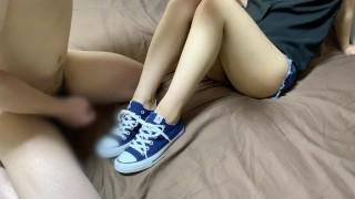 コンバースフェチ 靴コキ cum onto converse sneakers