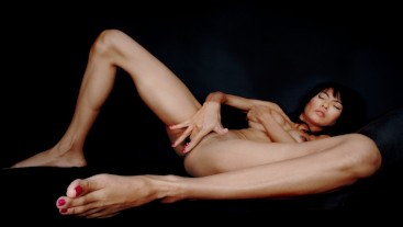 Hot Angles On Ravena Rey's Tight Horny Body - Long Slender Legs, Tiny Feet & Juicy Little Pussy