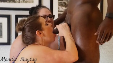 Double Blowjob For an Awesome Fan.