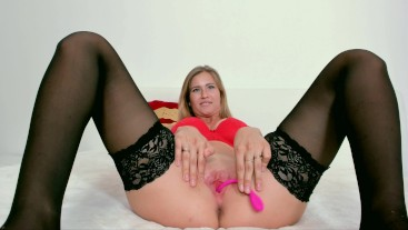 Blonde in red cums beautifully