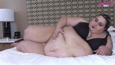 SSBBW Ivy Davenport Jiggles Fat Belly