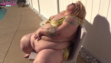 Banana and Soda Huge Belly Bloat with SSBBW Ivy Davenport