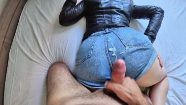 amateur milf in leather jacket and jeans shorts made him cum too quickly... sorry for no sound