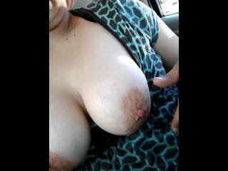 Wife plays with tits while waiting in parking lot