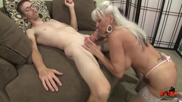 Sophmore whore xxx Mature milf cannot get enough young cock