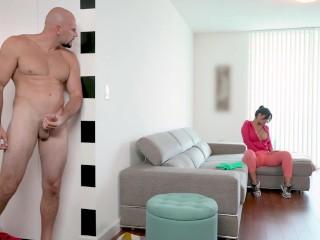 BANGBROS – Latin Maid Rose Monroe Getting Her Venezuelan Big Ass Banged By Jmac