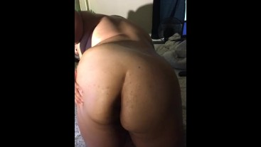 BBW rubs coconut oil on ass and pussy