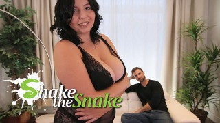 Shake The Snake Sexy Chubby Girls Knows Best