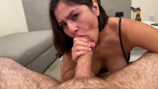 Tinder date struggles to deep throat huge dick (FACIAL)