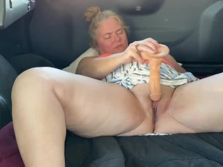 Public masturbation/tattooed women/wash car at car the