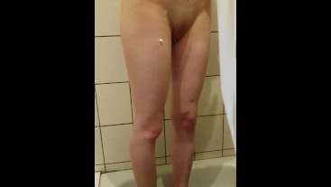 she shaves her pussy before fuck