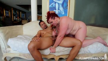 PAWG MArcy Diamond In Her FIrst Plumperpass scene