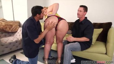 Frustrated Wife Selah Rain Takes 2 Big Dicks in Her Ass While Hubby Is Away