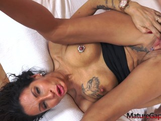 Super hot cougar Valentina Sierra gets hard pussy gaping, fisting and anal banging