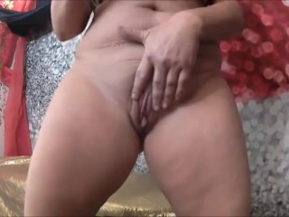 SHAVED PUSSY DO YOU LIKE IT part 1