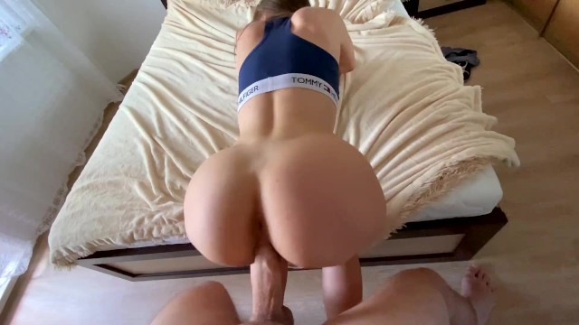 cousin loves training on my cock-cum on her ass