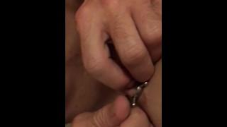 Porno Grátis - Amateur Couple Noite De Grampo De Mamilo - Tortura De Mamilo - Torna Difícil Encaixá-Lo