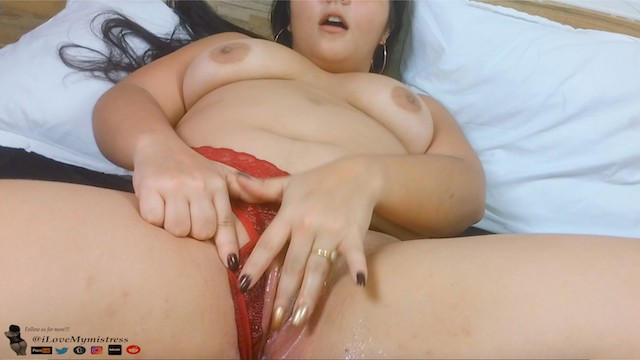Close up pregnant pussy I was so horny, i made dad get me pregnant