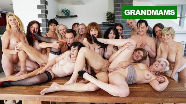 Craving and sucking cum off gaces Cum craving grannies compilation