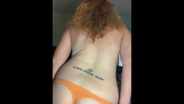 Red RED HOT SEXY MILF LIVING THE SINGLE AMATEUR PORN STAR LIFE DANCING FOR YOU! Want more?? HMU!! I