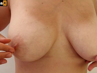 AMATEUR BIG BEAUTIFUL NATURAL TITS. PLAYING WITH MY BIG BOOBS