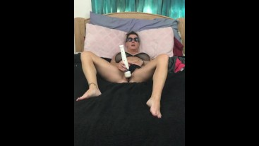 Real Homemade Squirt! Milf plays with her pussy to a huge squirting orgasm!