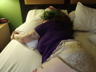 real VOYUER spy cam Worship sleepin girls sexy thick Ass in booty shorts.
