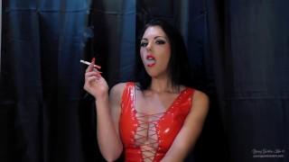 Filmy pro dospělé porno - Young Goddess Kim Náhled Uctívání Bohyně Rudého Kouření Marlboro