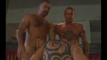 Robert van Damme, Mike Power & Josh West & Geoffrey Pain/
