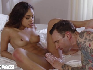 VIXEN Gorgeous rich girl seduces her bodyguard