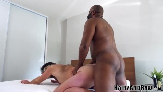 Películas de sexo xxx - Hairy And Raw Colgado Negro Stud Emmet Frost Destruye Sumisa