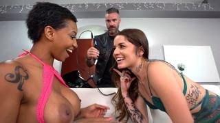 Anal Slut Vanessa Vega And Her Friend September Reign Share A Big White Dick