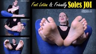 热电影色情 - Misha Mystique 足部乳液和友好型鞋底Joi-恋足癖恋足癖皱纹鞋底