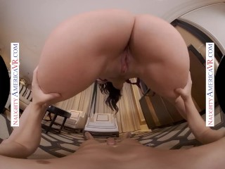 Naughty America – Jennifer White gives you all her holes… including the back door!