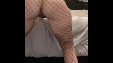 Clapping my ass in fishnets
