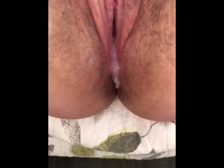 Creampie POURS out of sexy MILF!