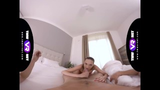 TmwVRnet - Isabella De Laa - Cheating makes family bonds tighter