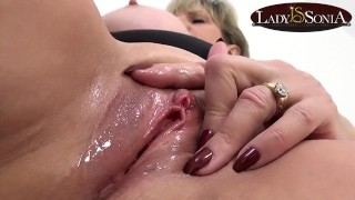 Close up masturbating with naughty mature Lady Sonia