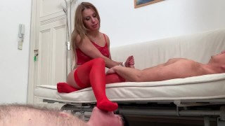 cuckold grandpa have to lick her red nylons feet while she give her man a blowjob