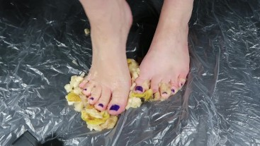 Bare toes squashing juicy wet Pears. Very Messy ASMR! Lick them clean!
