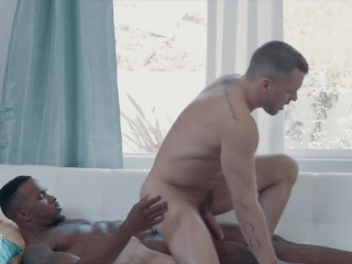 IconMale - Cute Dude Colton Grey Gets Pheonix Fellington's Huge Cock In His Tight Ass