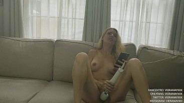 Bored At Home- Watching Porn On My Phone While Using My Vibrating Wand