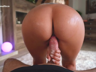 Pussy vs Fleshlight: He can't resist my super tight pussy - TheMagicMuffin