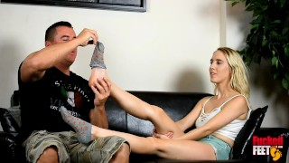 Cadence Lux Returns With Her High Arched Foot Job!!