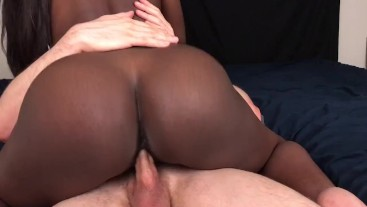 Black Teen Gives Sloppy Bj and Takes Massive Creampie