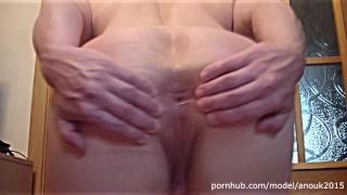 BIG CLIT SPANKING, FLEXING AND POSING - NAKED FEMALE BODYBUILDER ANOUK